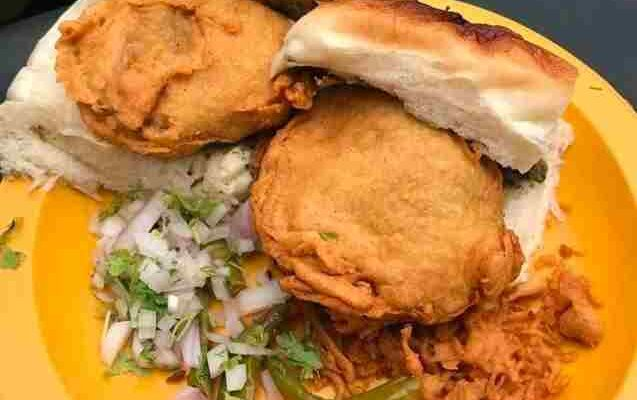 12 Mouth-Watering Street Food of Pune