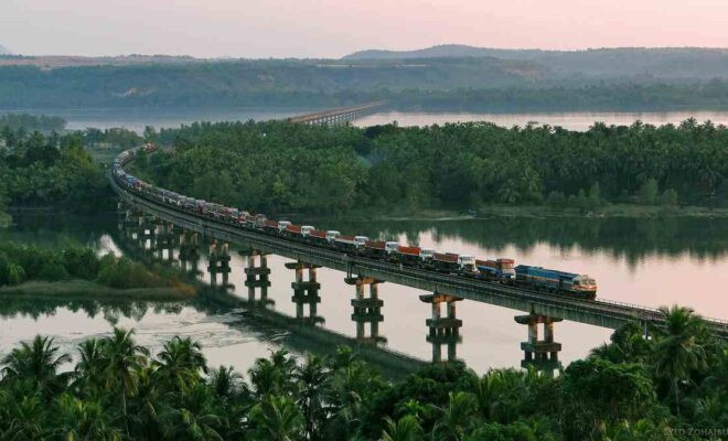 10 Most Beautiful Train Routes in India