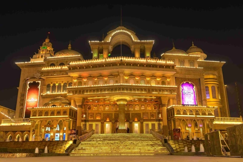 Kingdom of dreams is one of the best places to visit in gurgaon with family.